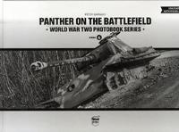 Barnaky Péter: Panther on the battlefield -  (Könyv)