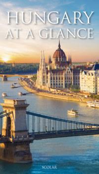 Illés Andrea: Hungary at a Glance -  (Könyv)